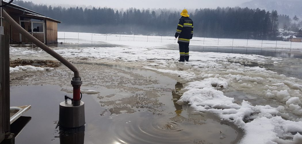 Pumparbeiten in Nageltschach