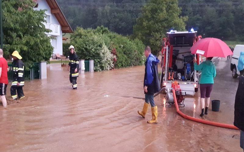 Überschwemmungen nach Unwetter in Kleindorf II