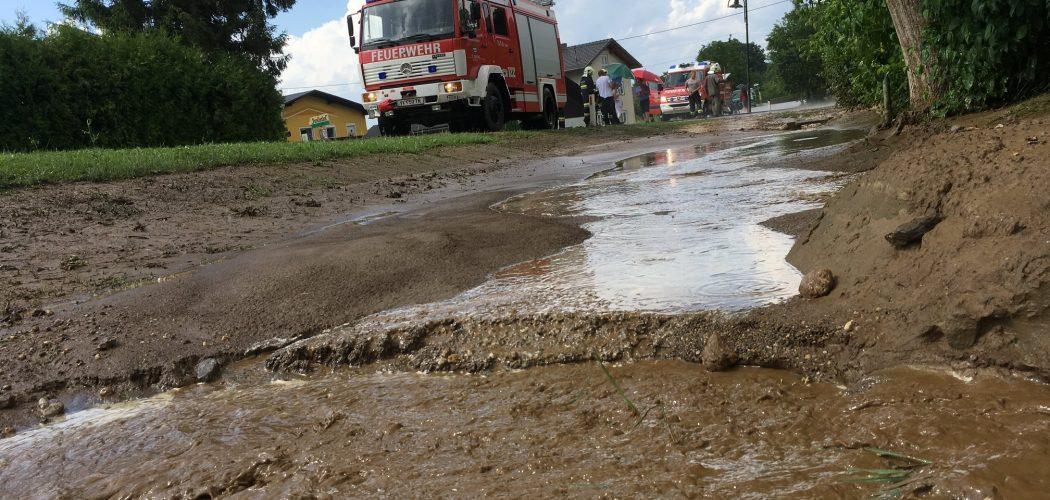 Aufräumarbeiten nach Unwetter in Kleindorf 2